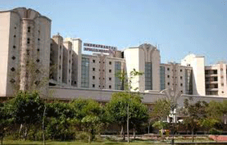 Indraprastha Apollo Hospitals, New Delhi