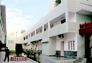 Muljibhai Patel Urology Hospital, Nadiad